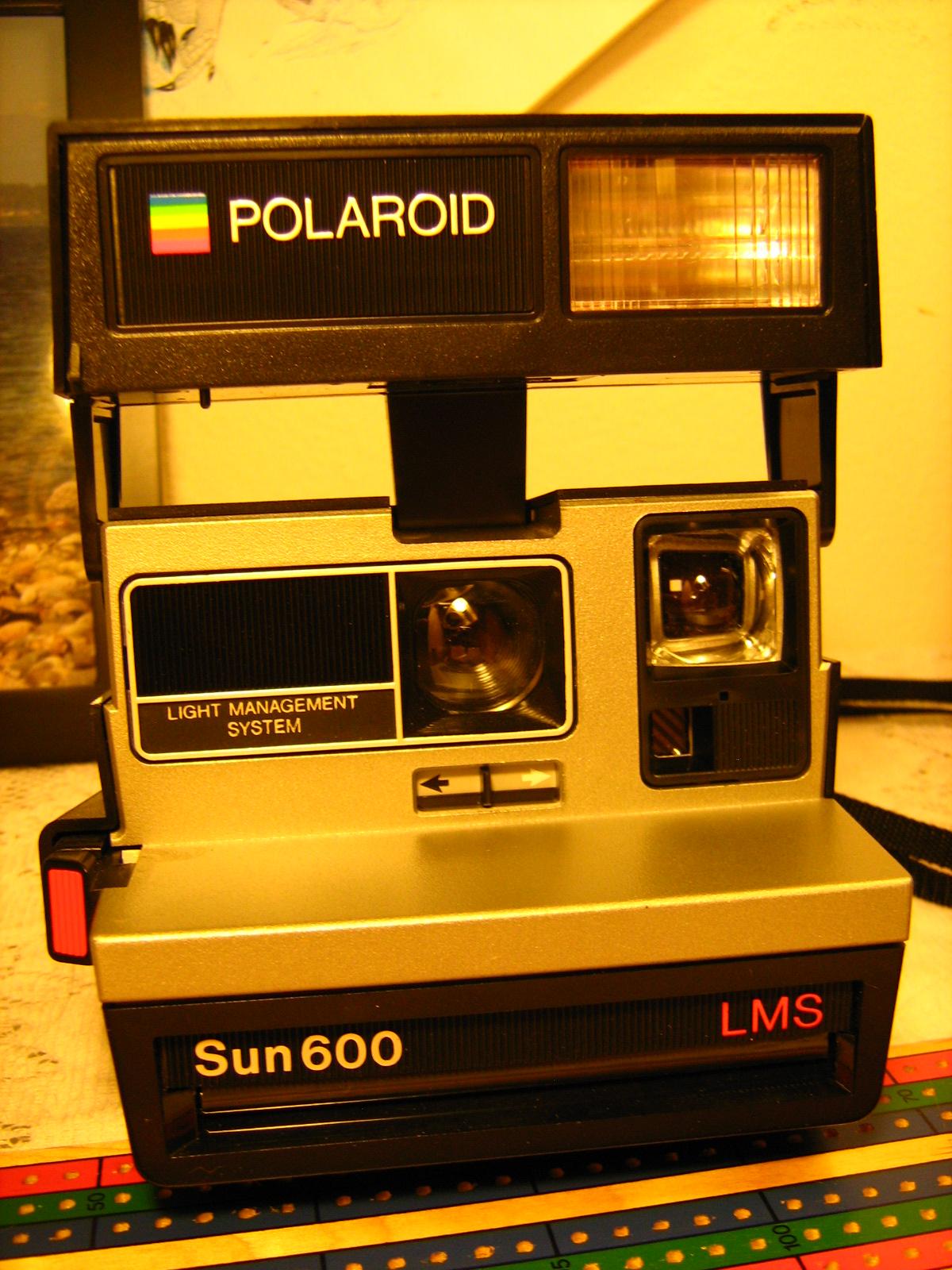 Vintage Polaroid Camera - Sun600 LMS