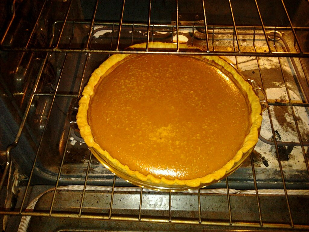 Janet's pumpkin pie. Very yummy!